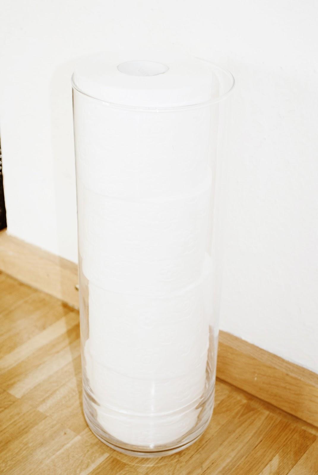 toilettenpapier beh lter aufbewahrung im bad iby lippold haushaltstipps. Black Bedroom Furniture Sets. Home Design Ideas