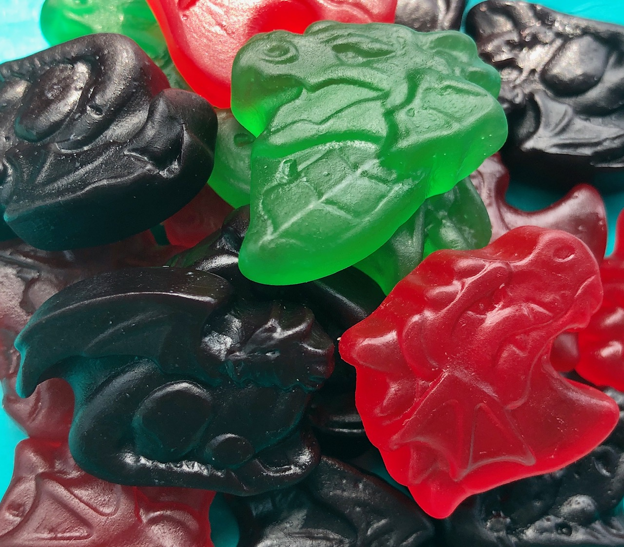 Obsessive Sweets: 7-Eleven Dragon Gummies