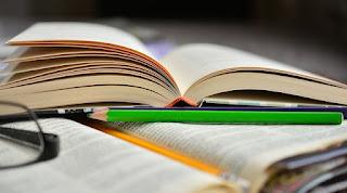Bíblia e Caderno