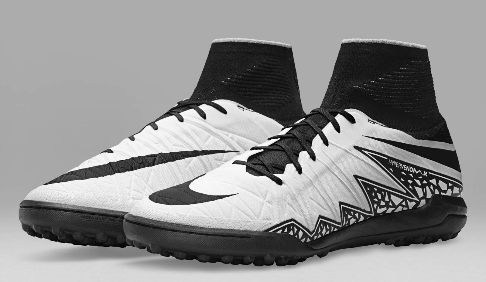 los angeles fce26 1d0f3 White Black Nike HypervenomX Proximo Radiant Reveal 2016 Boots Released -  Footy Headlines .