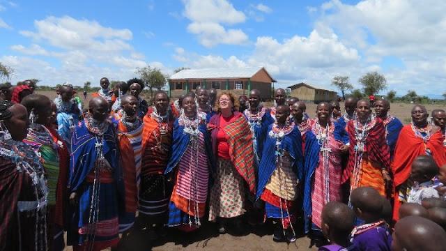 Η φύλακας- άγγελος της κοινότητας των Μασσάι στην Κένυα είναι μια Ελληνίδα