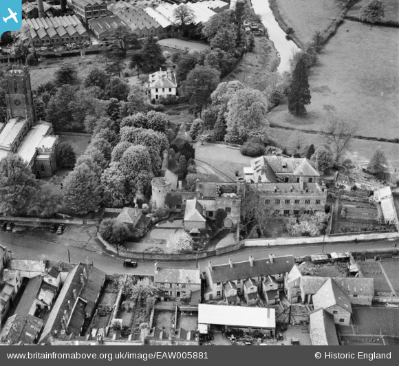 Aerial Photo of Tiverton Castle 1947