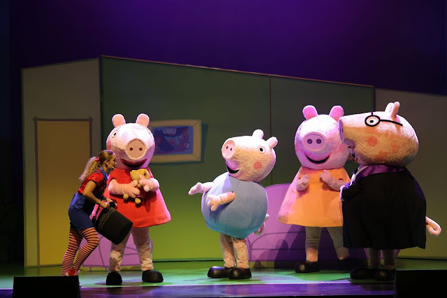 Peppa Pig Celebrations Live at the Theater Solaire