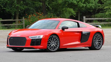Lionel-messi-car-collection-Audi-R8-V10