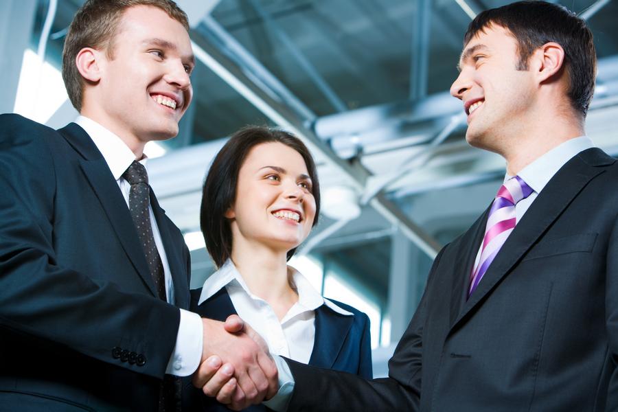 Vai para entrevista de emprego? Saiba como responder às perguntas sem se prejudicar