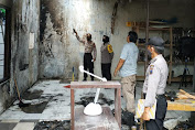Polisi Cek Kebakaran Rumah di Perumahan Roudoh Regency Kalimanah