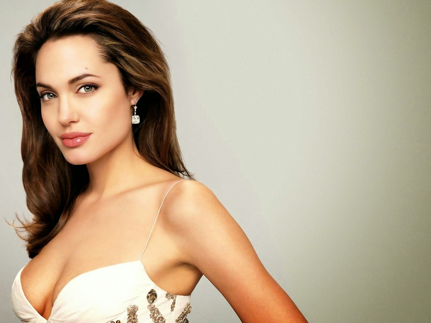 Very Stylish Girl Wallpapers Angelina Jolie Hd Wallpaper All 4u Wallpaper
