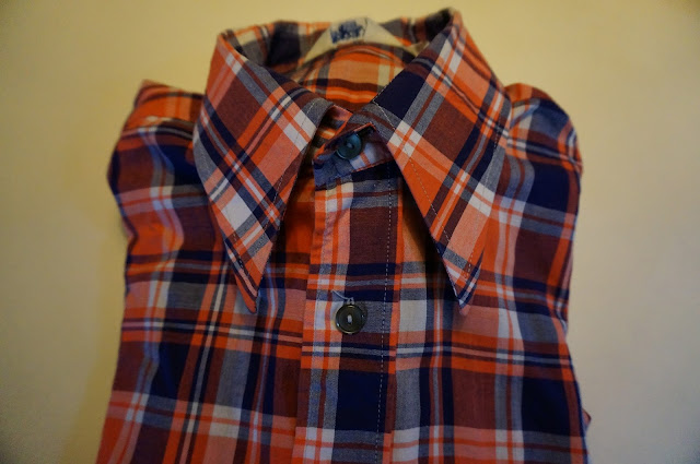 70s pointed collar plaid shirt 1970s vintage chemise années 70 navy blue orange