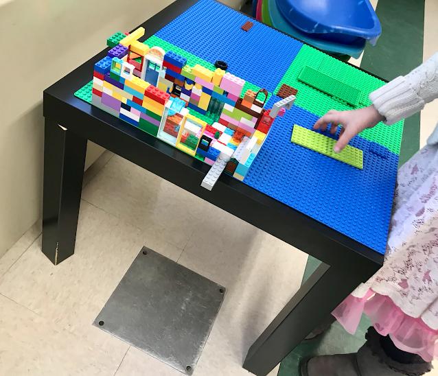 K-1 Lego table