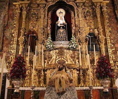 En imágenes: Triduo en honor al Santísimo Cristo Yacente