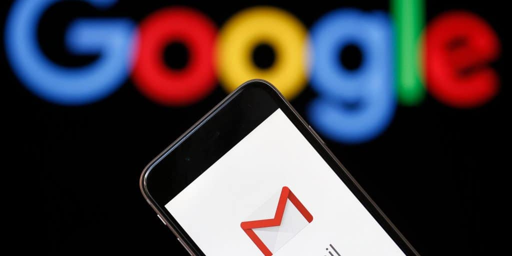 Google: Gmail combines four items into one