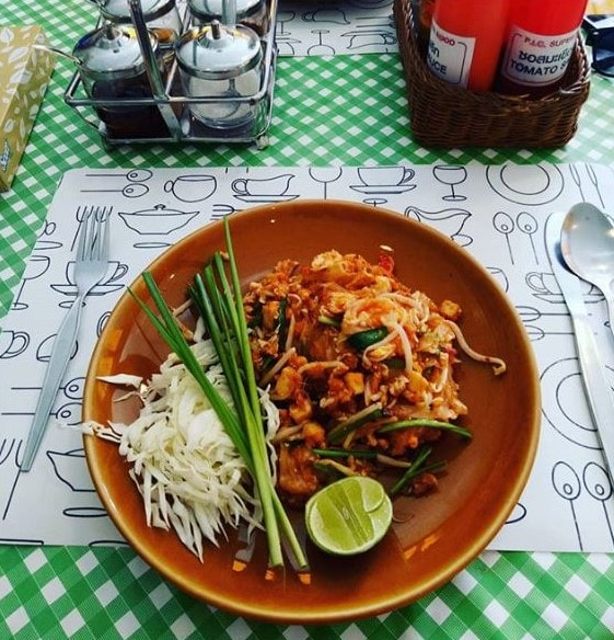 thai foods, thailand food guide, thailand travel, Lonely Planet food guide