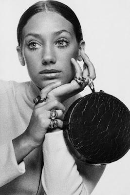 Marisa Berenson make-up