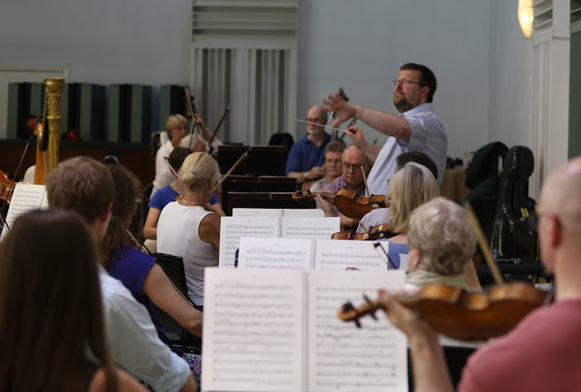 Gavin Sutherland and the ENB Philharmonic in rehearsal, The Warehouse, London, June 2017.