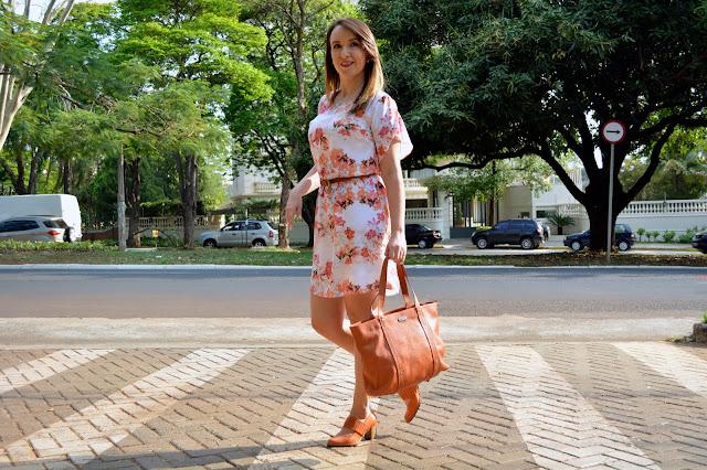 sapato laranja, como usar sapato laranja, bolsa laranja, como usar bolsa laranja, como combinar a cor laranja, cor laranja combina com quais cores, uncle k, uncle k ribeirão shopping, lojas ribeirão shopping, blog camila andrade, blogueira de moda em ribeirão preto, fashion blogger em ribeirão preto, o melhor blog de moda, esquadrão da moda