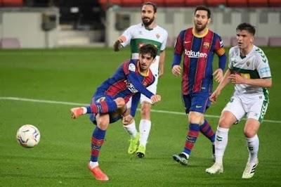 التعادل السلبي يسيطر على شوط أول برشلونة واليتشي