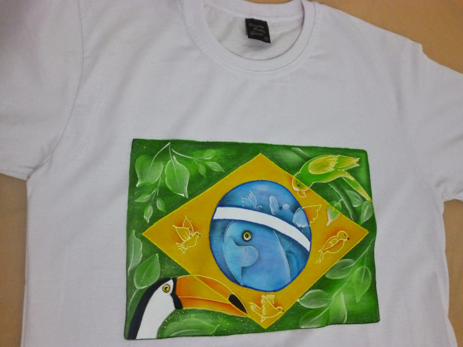 5f856b625 Alda Soares Pintura em Tecido  Camisa customizada do Brasil