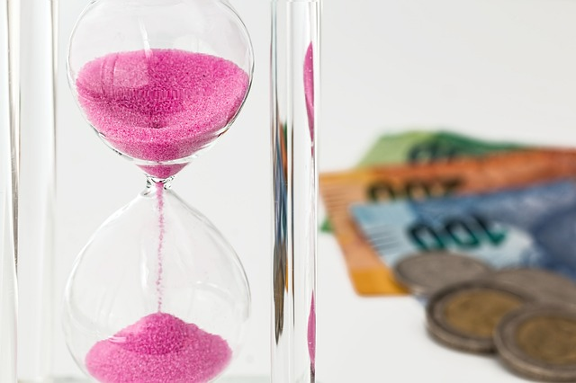 Dowload Foto Hourglass Money Time Investment Gratis