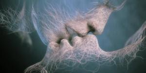 « Votre âme sœur vous donne un sentiment d'intégralité, comme s'il ne manquait aucune pièce au puzzle. Un partenaire de vie, d'autre part, peut être un compagnon de longue date et un grand soutien mais ses capacités à enrichir votre esprit seront limitées ». - See more at: http://www.espritsciencemetaphysiques.com/ame-soeur.html#sthash.cxuQqTo0.dpuf