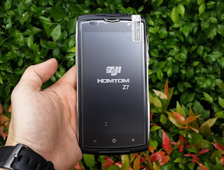 Outdoor Phone Homtom Zoji Z7 New RAM 2GB 4G LTE IP68 Certified Fingerprint