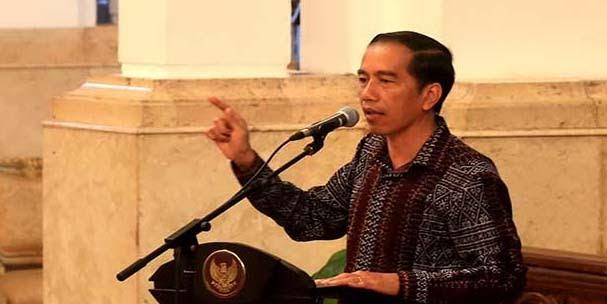 Bangun Gedung 300 Miliar Lebih, Jokowi : Pak Ketum, Muhammadiyah Dapat Uang Sebanyak itu Dari Mana ?