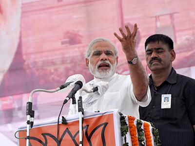 Lok Sabha Elections 2019: PM Modi attacked Mamata Banerjee at an elections rally in bengal.