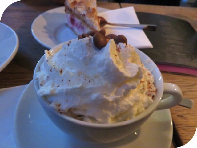 Christmas in Stuttgart: coffee with whipped cream