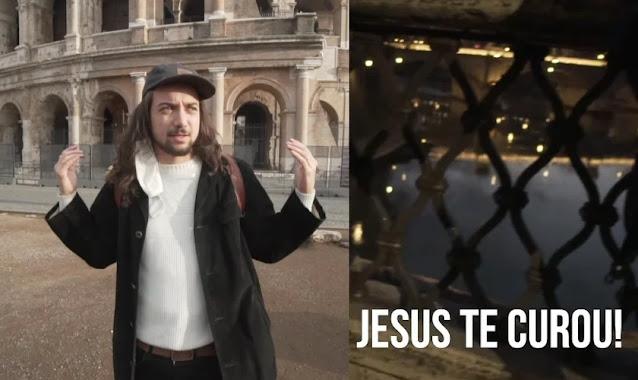 Jovens brasileiros evangelizam e oram por cura de italianos nas ruas de Roma