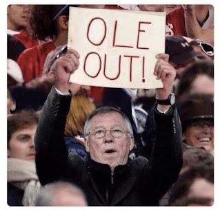 Manchester United đã để thua 0-1 trước Aston Villa trên sân nhà.