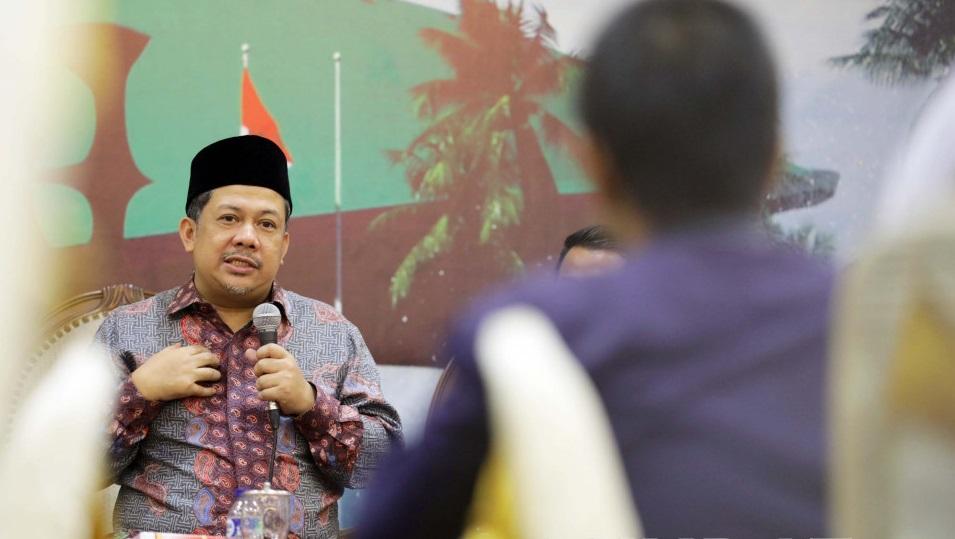 Eksklusif, Fahri Hamzah Malah Sedih Usai Terima Bintang Tanda Jasa
