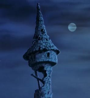 La tour de Merlin est exposée aux intempéries dans le dessin animé de 1963