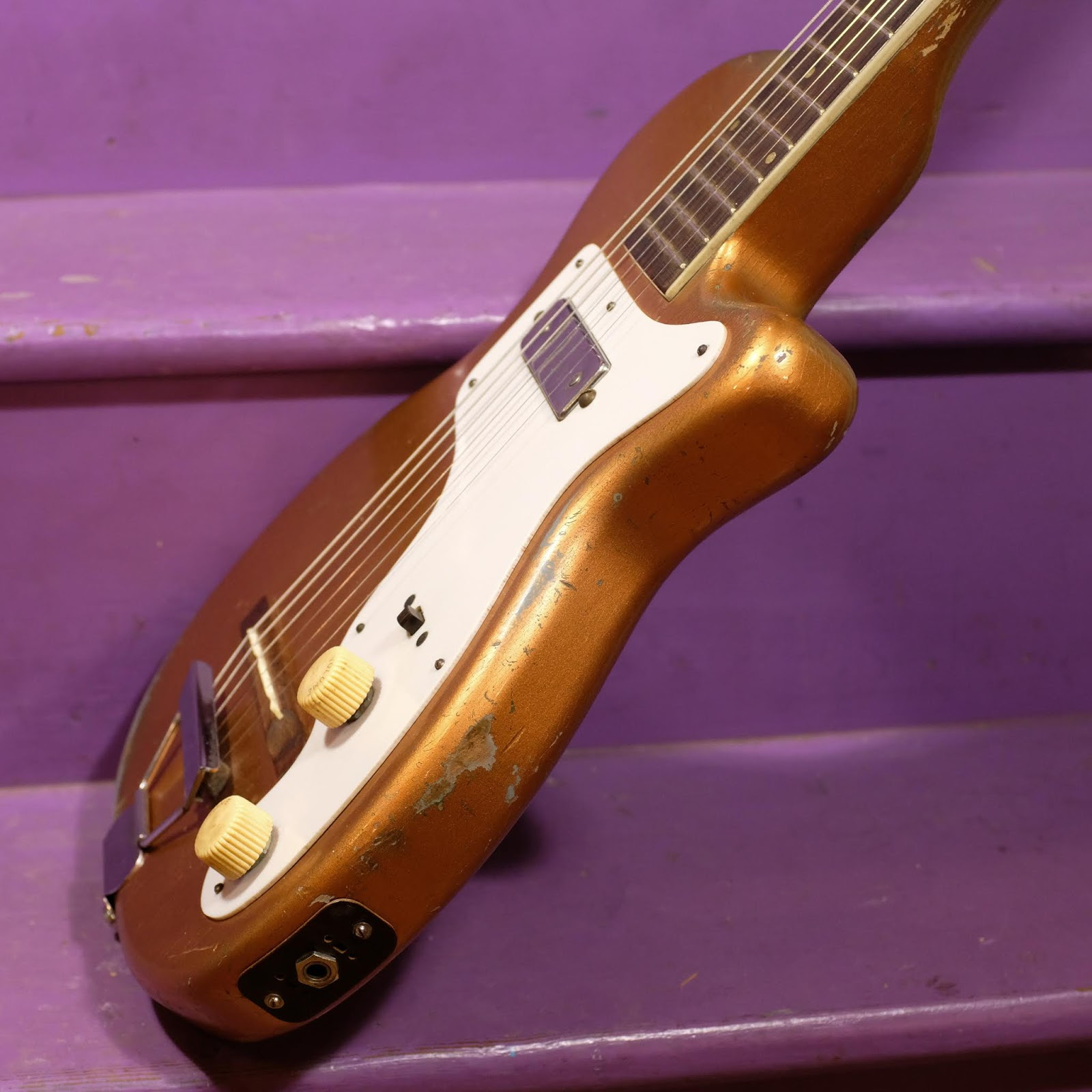 1950s Harmony H44 Stratotone Electric Guitar on