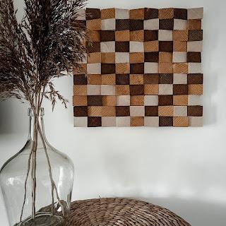 tableau en bois au forme géométrique fini
