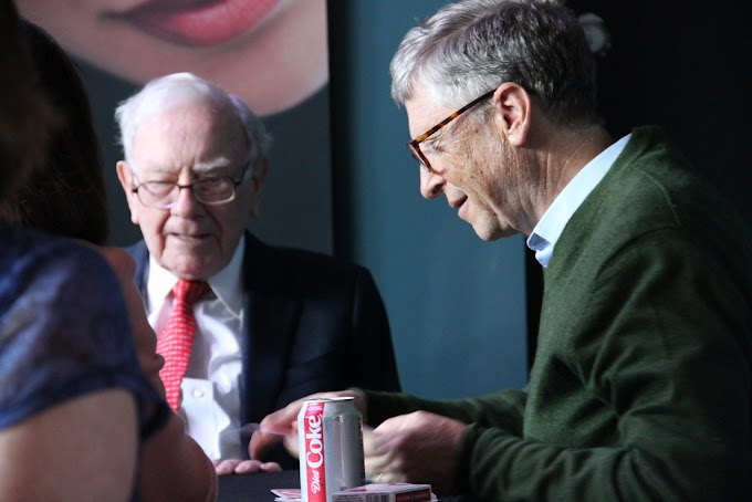 Bill Gates and Warren Buffett Suggest 6 Great Books You Should Read