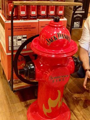 Hydrant Jack Daniel's Tennessee Fire