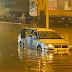 Jako olujno nevrijeme zahvatilo Tuzlu: Poplavljene saobraćajnice, voda opet prodrla u SKPC Mejdan