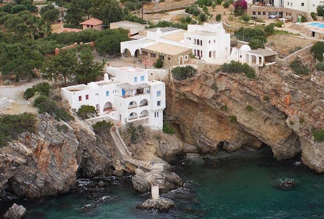 villa-in-Agios-Nikoalos-Lassithi-Crete-for-sale-general-aspect