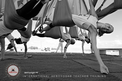 la-vuelta-el-mundo-con-aeroyoga-aero-yoga-international-teacher-training-cursos-clases-formacion-profesional-stage-profesores-salud-wellness-seminarios-valencia-madrid-barcelona-sevilla-cadiz-ireland-paris-australia-brasil-sao-paulo-mexico-colombia