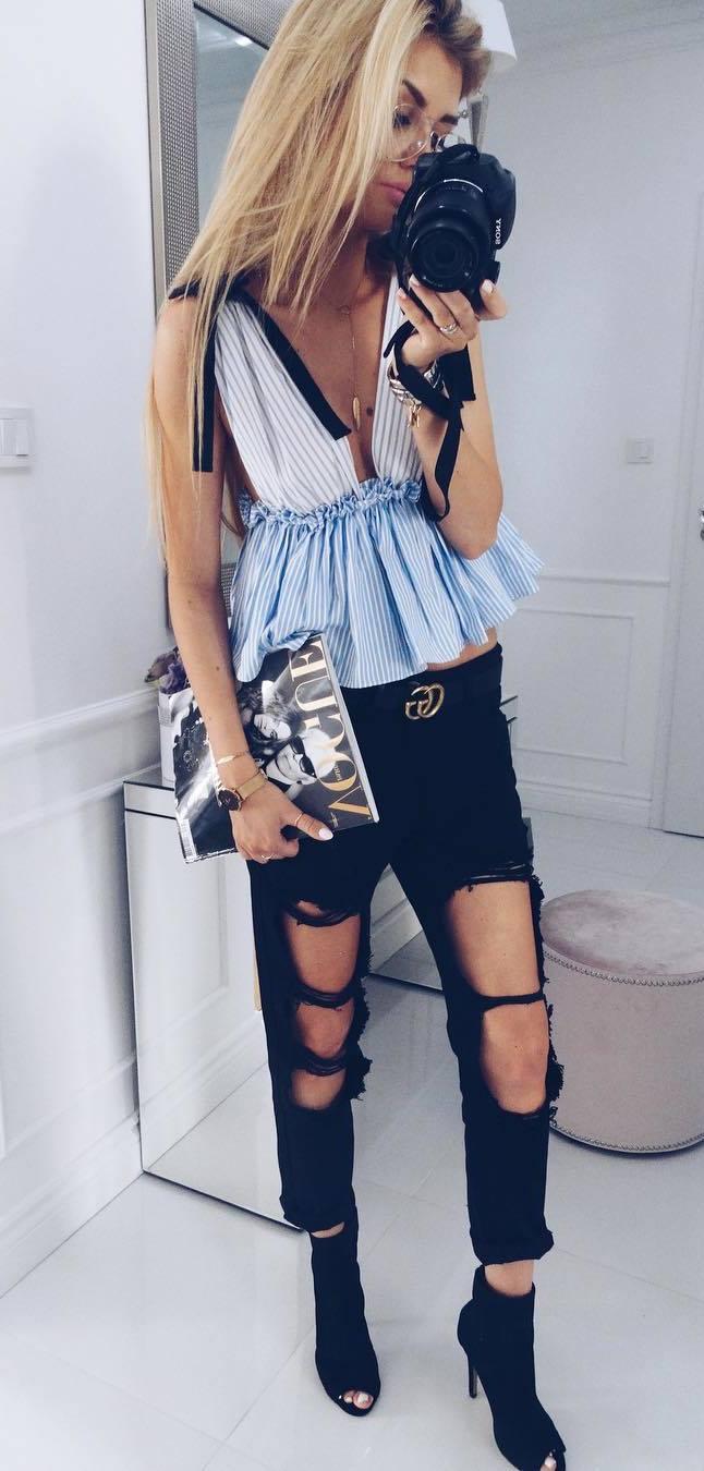 ootd: top + ripped jeans + heels