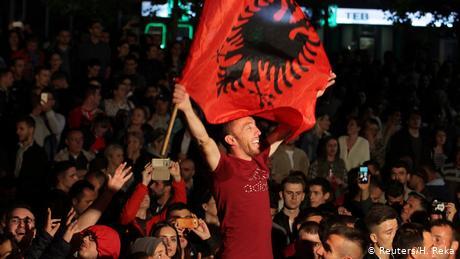 Οι σχέσεις με τη Σερβία η πρόκληση για το Κοσσυφοπέδιο