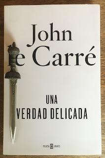 Portada del libro Una verdad delicada, de John le Carré