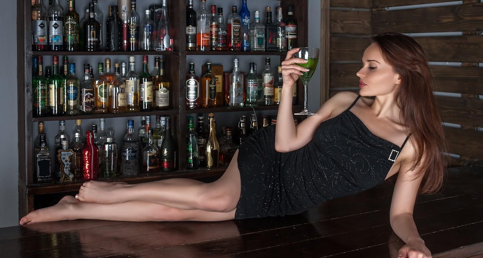 नशे की लत कैसे लगती है? | नशा करने से क्या होता है?