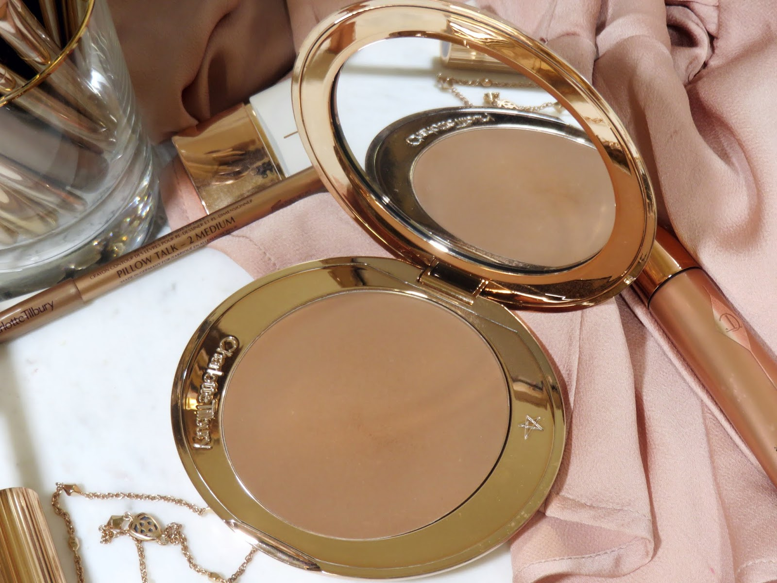 Charlotte Tilbury Airbrush Flawless Bronzer Review and Swatches