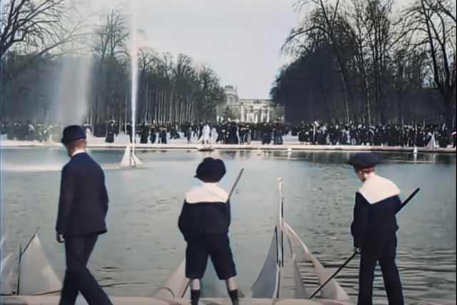 Jardin du Luxembourg in Paris 1890s randommusings.filminspector.com