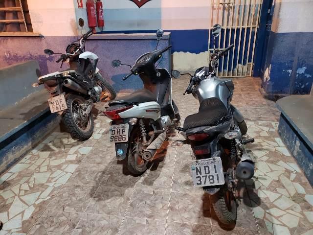 TRÊS MOTOCICLETAS ROUBADAS EM PORTO VELHO FORAM RECUPERADAS NO DISTRITO DO ARARAS