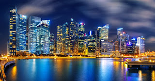 lindos prédios e rio de singapura
