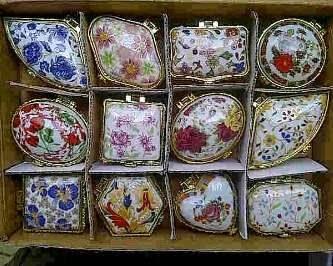 souvenir kotak perhiasan, souvenir kotak perhiasan murah,souvenir kotak perhiasan keramik,souvenir kotak perhiasan kayu.