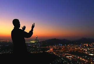 18 Doa Amalan Pembuka Pintu Rezeki, dan Kekayaan