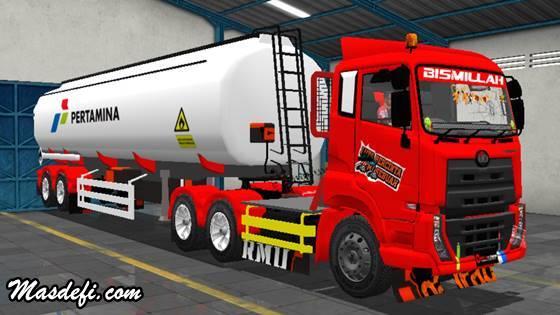 livery truck ud quester trailer tangki pertamina merah putih