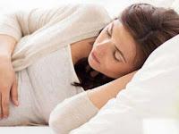 Tips Posisi Tidur yang Aman dan Nyaman Untuk Ibu Hamil Muda